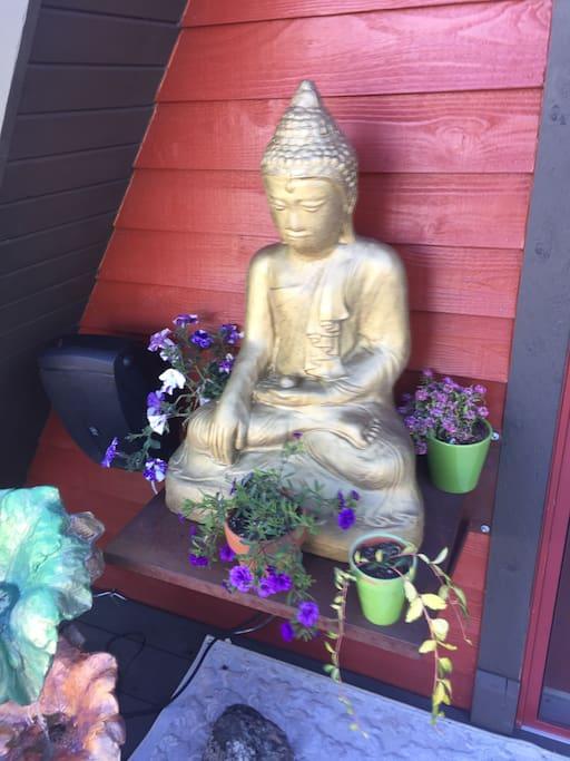 The Buddha welcomes you home