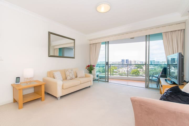 1 BR Furnished Suite in the heart of Brisbane CBD - Brisbane City - Apartment