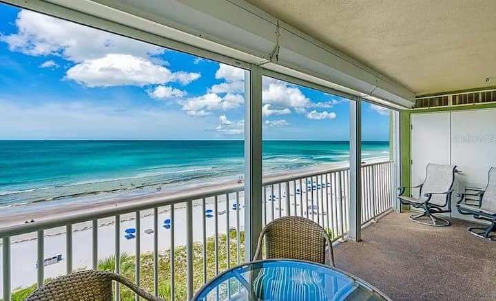 Newly Renovated Beachfront Condo w/Beautiful Views