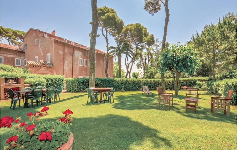 Holiday apartment with 3 bedrooms on 140m² in Santa Marinella -RM-