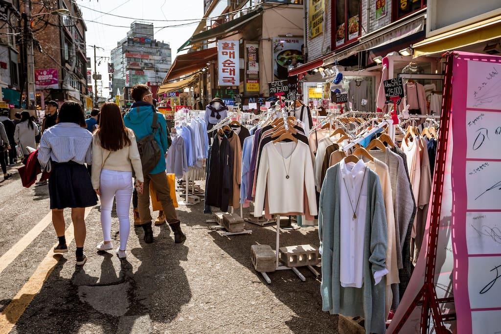 Foto di Hongdae Street a Hongdae
