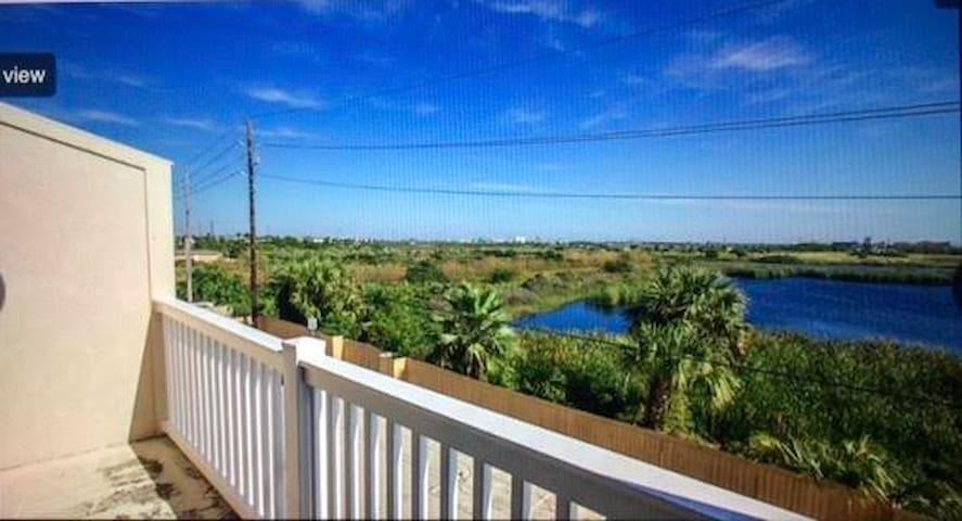 Above the Palms (at the Palms at Cove View) - Galveston - Kondominium