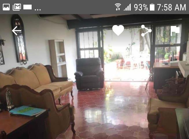 Casa estancia para adultos mayores