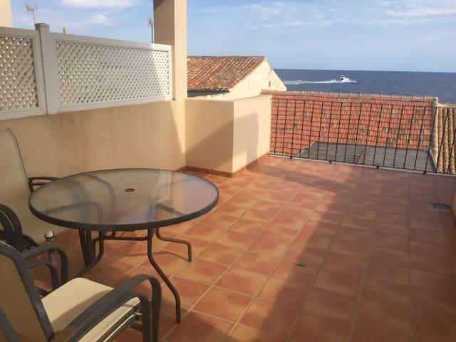 Apartamento-Dúplex con vistas al mar en La Barra B