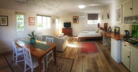 Herää kauniiseen lintulauluun Gumtree Cottagessa!