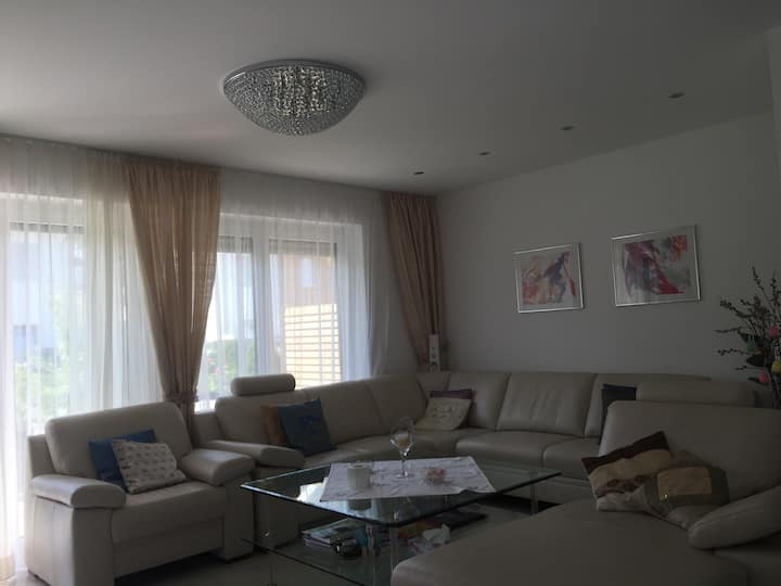 Nice n Homely - for 2-4 persons near Messe, Munich