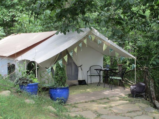 Romantic Tent Glamping Getaway