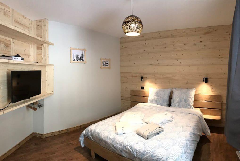Chambre 1- lit 160 cm