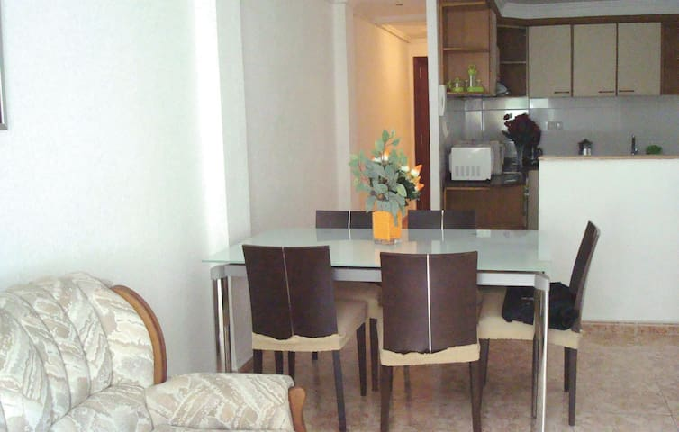 Holiday apartment with 3 bedrooms on 65m² in Valencia