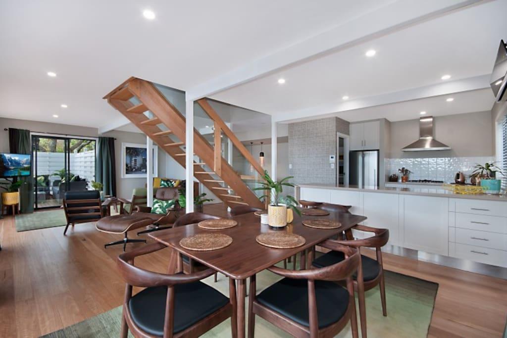 Open Plan Living, Dining & Kitchen
