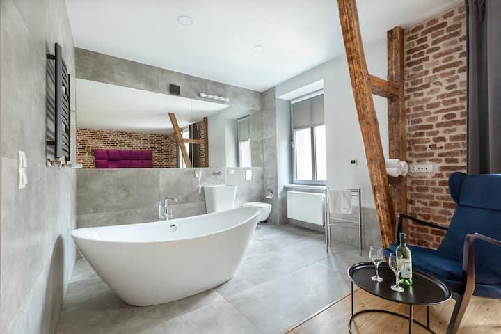 "Apartament ""American Beauty"" z wanną/bathtub"