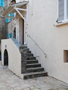 Maison en plein cœur du village - Olmeta-di-Tuda - Dům