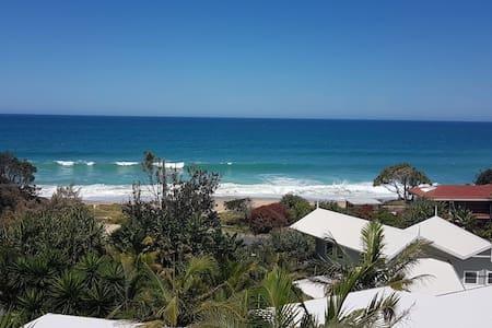 Stunning Ocean & Beach Views at Sapphire Beach