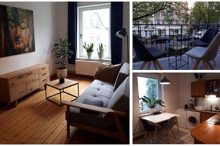 Cosy & bright apartment with sunny balcony