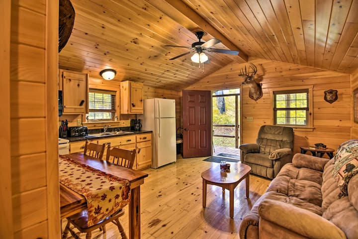 NEW! 'Hooah' Cabin Retreat w/ Grill, Pet Friendly!