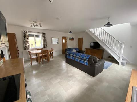 Refreshing countryside Lodge in the heart of Wales