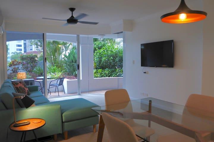 Private Apartment in the Heart of Broadbeach - Broadbeach - Wohnung
