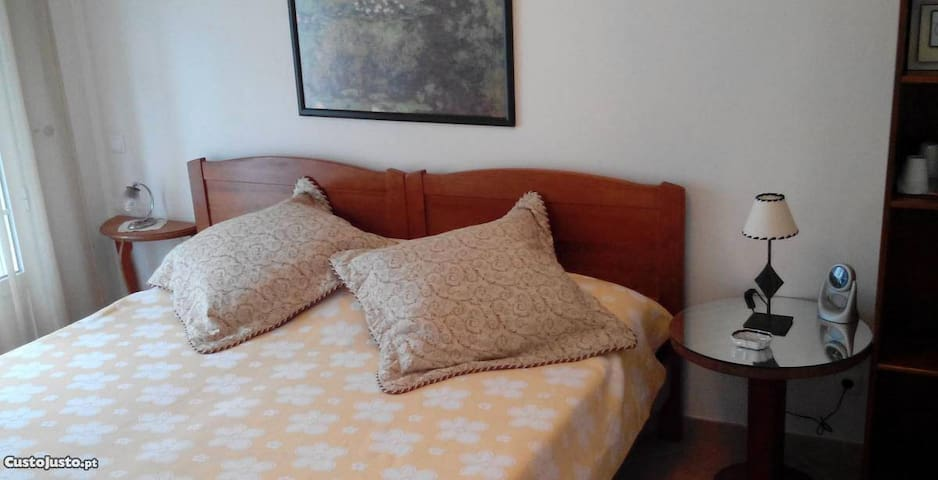 Double bedroom - en suite - self-contained - Vila Real de Santo António - Huis