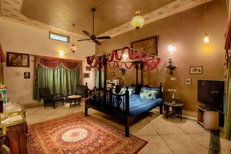 The Big Beautiful Bedroom @ Bakshi Heritage