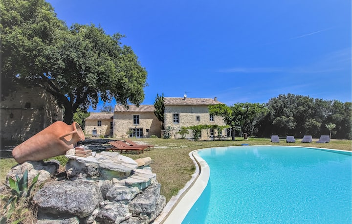 Nice home in Saint Restitut with WiFi and 8 Bedrooms