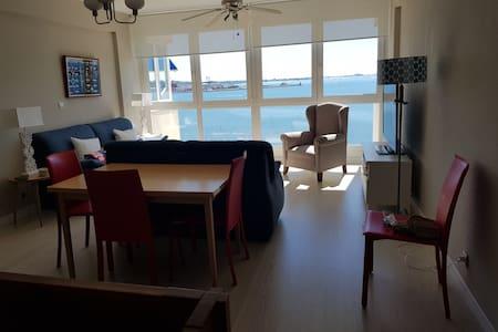 Duplex en primera linea de playa, 10 personas