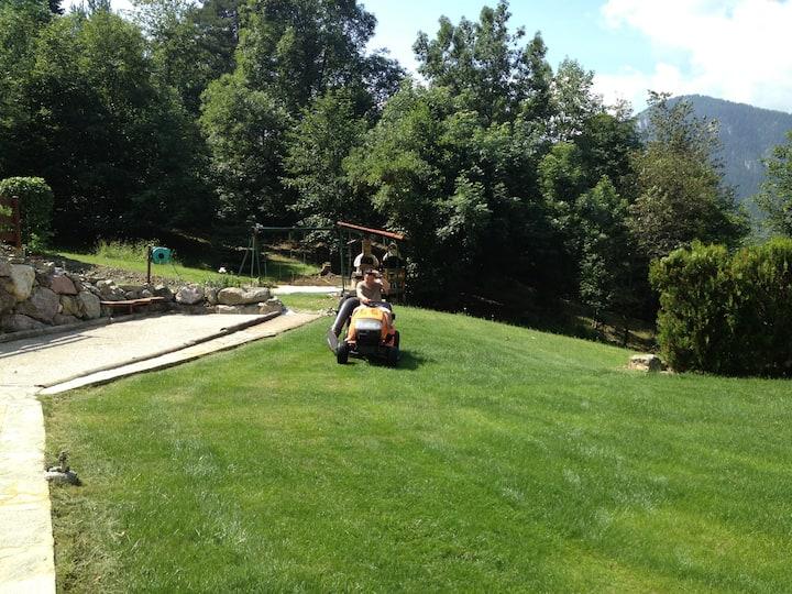 MAISON A LA MONTAGNE avec jardin