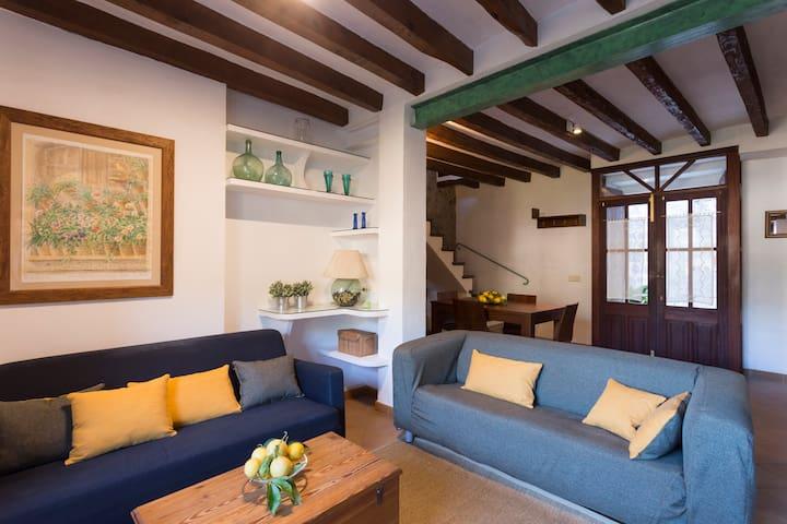 MIRAVILA, COSY TRADITIONAL HOUSE IN VALLDEMOSSA - Valldemossa - House