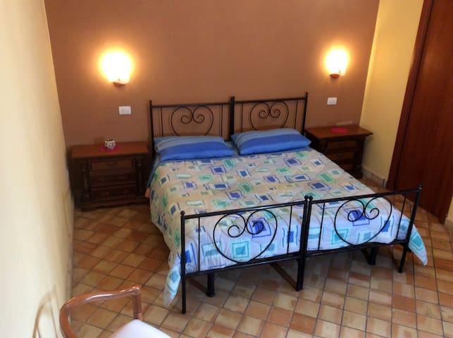 Master bedroom - Camera da letto Padronale