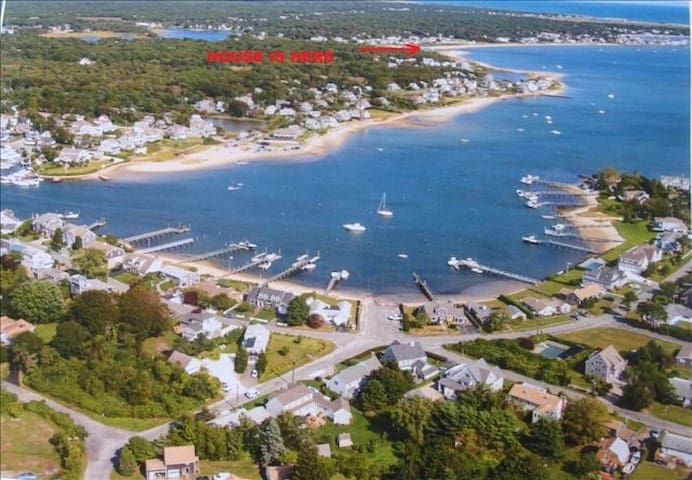Steps from the ocean, brand new, B the first guest - Yarmouth - Condominio