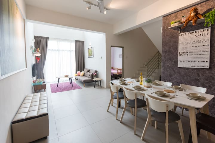 The Shire Penthouse at Cameron Night Market 3BR 12