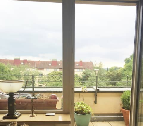 sunny very cosy 2 room appt, terrace, kitchen 72qm