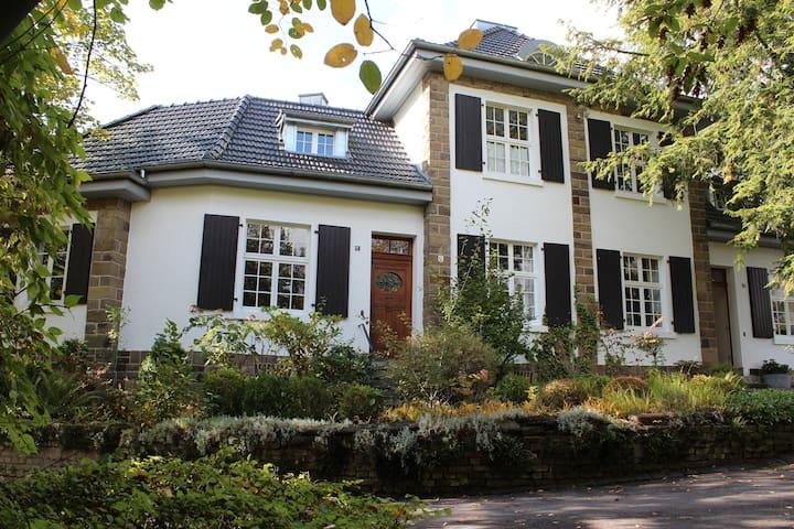 """Ferienhaus """"Alte Lehrerhäuser"""" Overath/Immekeppel"""
