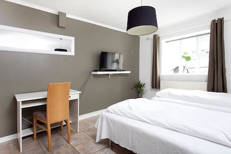 Bright and Calm apartment! New beds - Apartemen