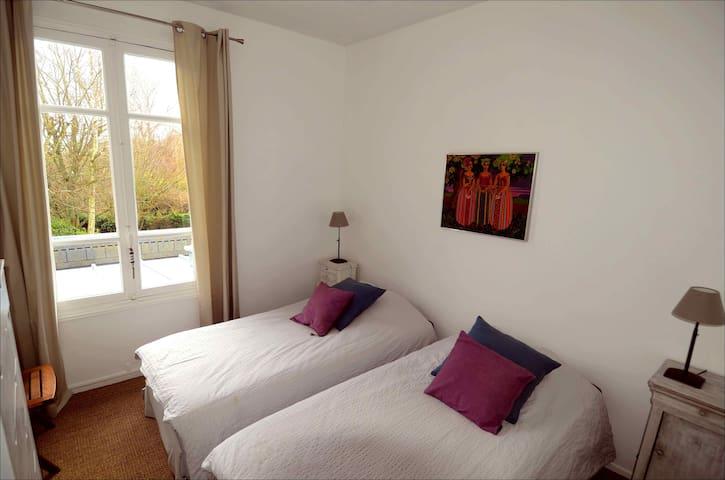 Villa 4 chambres sur jardin à 800m de la mer - Villers-sur-Mer - Hus