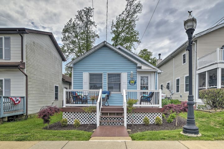 NEW! Coastal Pet-Friendly Cottage <½ Mi to Beaches