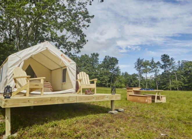 Ocenfront Glamping in Queens