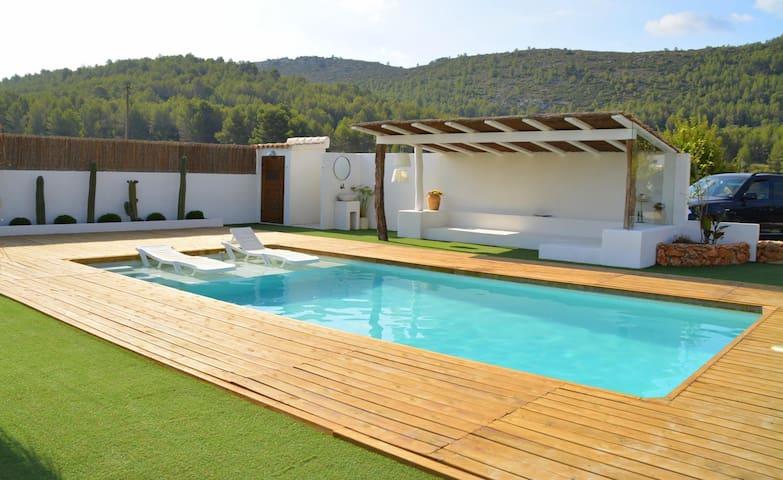 Magnifica propiedad para relajarse - Alicante - Villa