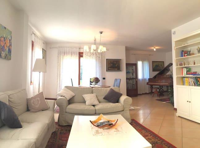 Treviso beautiful house - Treviso - Casa