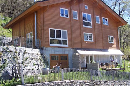 Appartment in the Mountains - Huoneisto