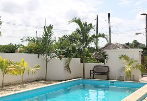 Particular House with pool, East of Havana