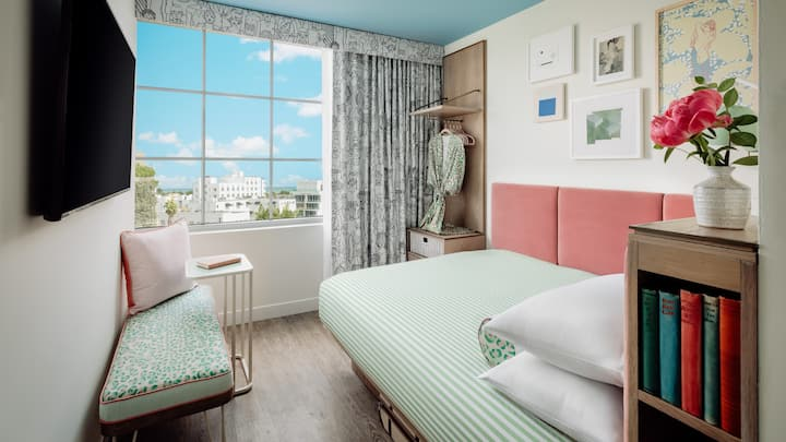 Queen Room Ocean View