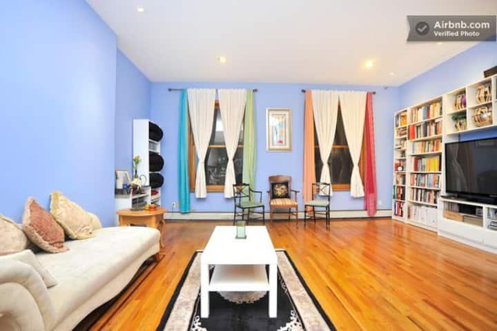 Gorgeous Duplex w Riverview Terrace