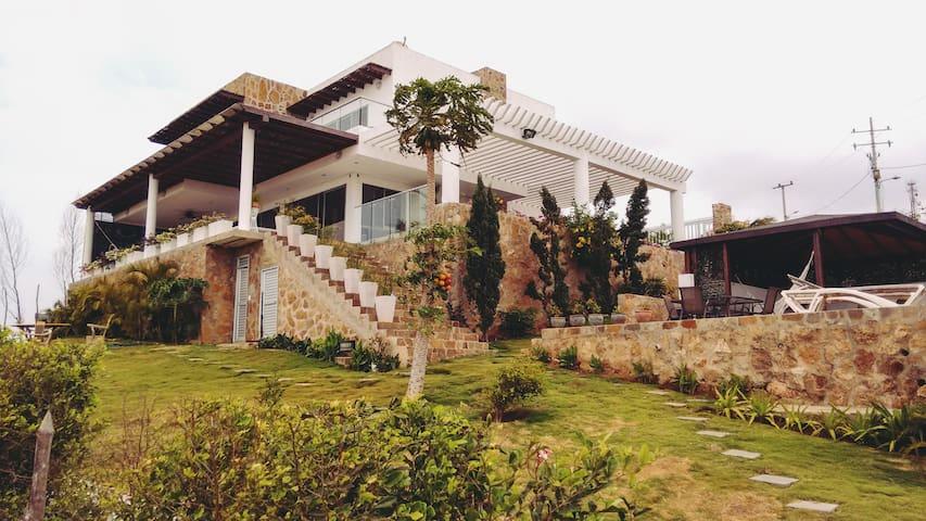 Galicia: A Luxury Villa IFO the Sea - Tubará