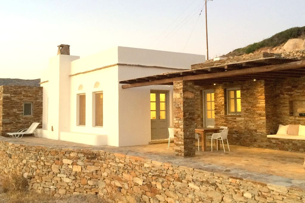 A villa made out of local materials, respecting tradition!