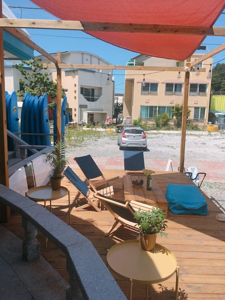 YangYang IN-GU Beach Surf & Guesthouse
