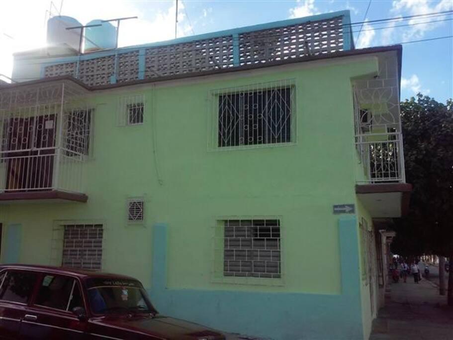 Hostal Milan, ubicado en la calle 43 No. 5807 entre 58 y 60 Altos.