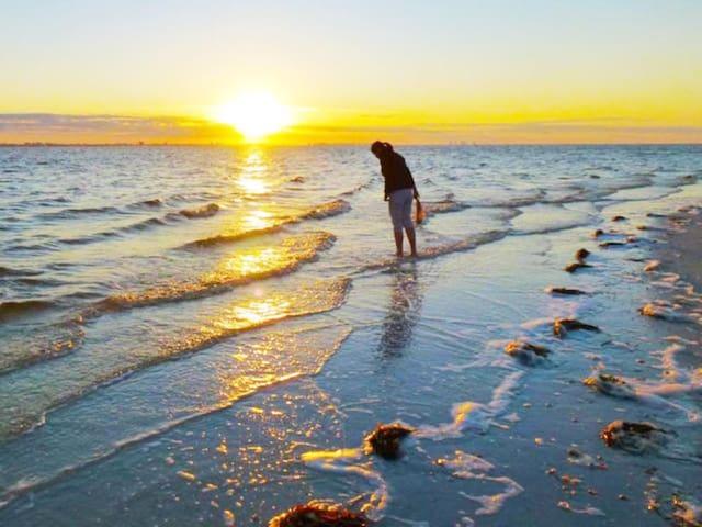 Sanibel Heaven - Loggerhead Cay Sanibel Island, FL