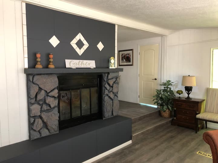 Entire 1432 sq. ft. home is your place Pahrump NV