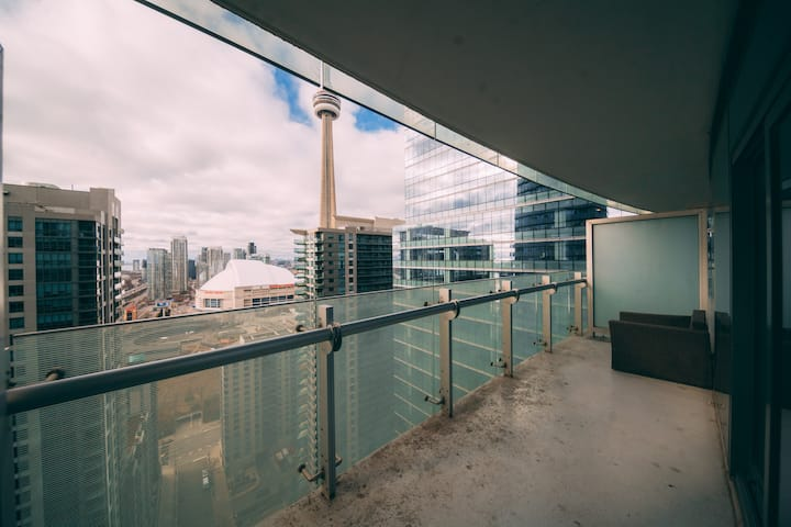 STUNNING Condo with Jaw Dropping CN Tower Views