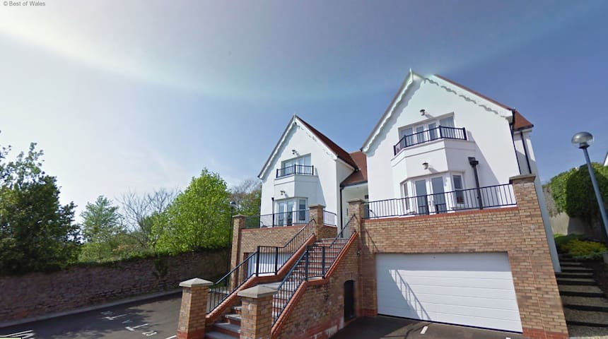 The Tenby Apartment - Caldey House - Tenby - Dům